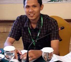 Refi Ranto Rozak, traductor de Inglés a Indonesio